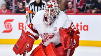 Jimmy Howard by NHL