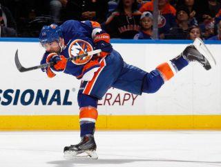 Johnny Boychuk- Yahoo! Sports.jpg