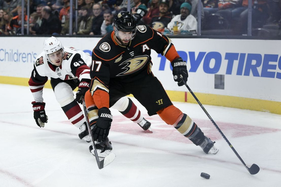 Kesler is back and scores in NHL season debut